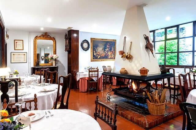 restaurante de santillana