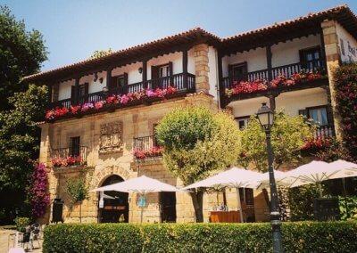 Hotel Museo Los Infantes, tu hotel en santillana