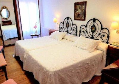 HOTEL EN SANTILLANA